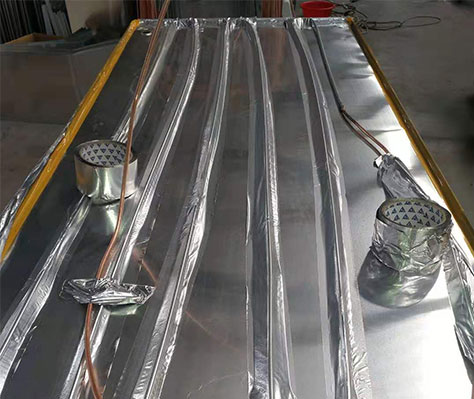 HVAC aluminum foil tapes are used to attach tubes of thermal exchange.