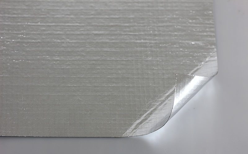 Double Sided Reflective Aluminum Foil Insulation DFR208B